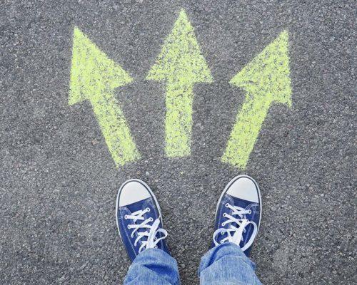 就職、進学…通信制高校生の卒業後の進路とは?